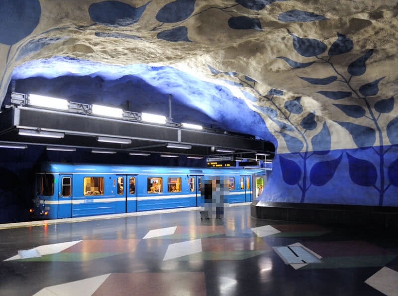 spectacular train stations