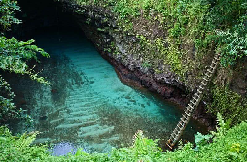 tu sua ocean trench